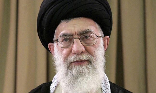 """Iran Leader Supreme urges firm reaction to """"astronomic pays"""""""